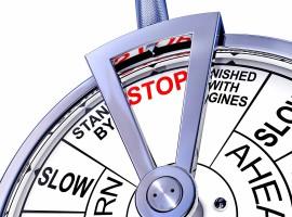 go stop pause ship slow speed economy