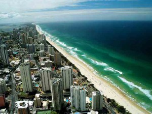 gold-coast-tourist-town