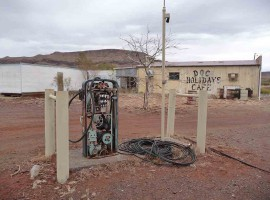 "Investors in mining towns are ""stuffed"""