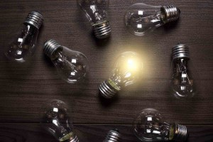 light-bulb-idea-leader-think-smart-clever-failure-motivate-thought