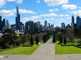 What's really happening in the Melbourne apartment market? | Michael Yardney [video]