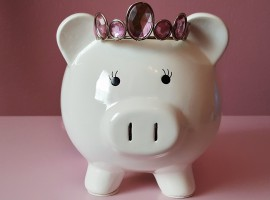 Gender pay gap: Girls receive more pocket money than boys