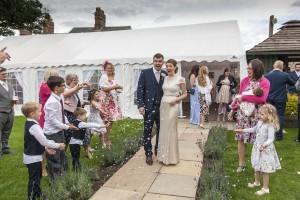 wedding-1070209_1920