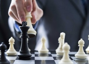 chess-game-leader-investment-strategy-win-success-negotiate-300x235