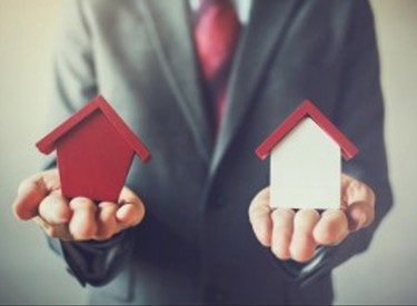 Which properties suffer the most in a buyer's market?