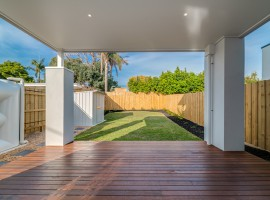 Avoid the mistake of only investing in your backyard | Common Investor Mistakes [Video]