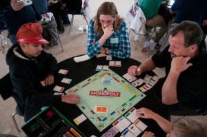 0 0306 Nws Rdf L Monopoly 05
